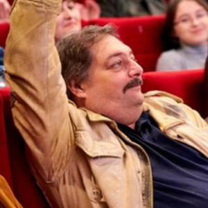 Vergiftiging van dichter Dmitri Bykov is een enge echo uit het verleden