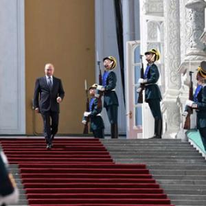 Poetin voor altijd en Rusland als lichtend voorbeeld